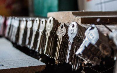 Can a thief copy my door keys?