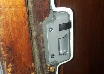 London bar on a CISA lock