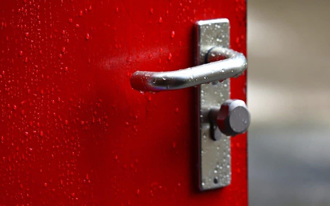 Locksmith Industry in Turmoil Over Door Handle Shortage